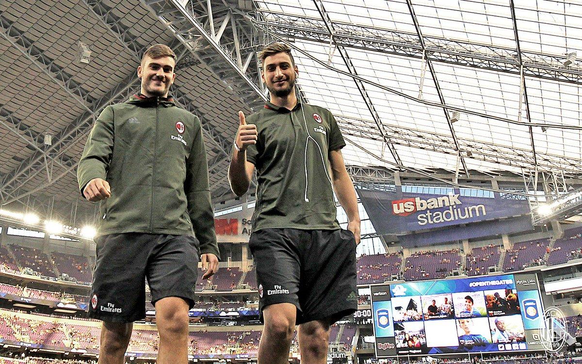 """Футболисты """"Милана""""."""