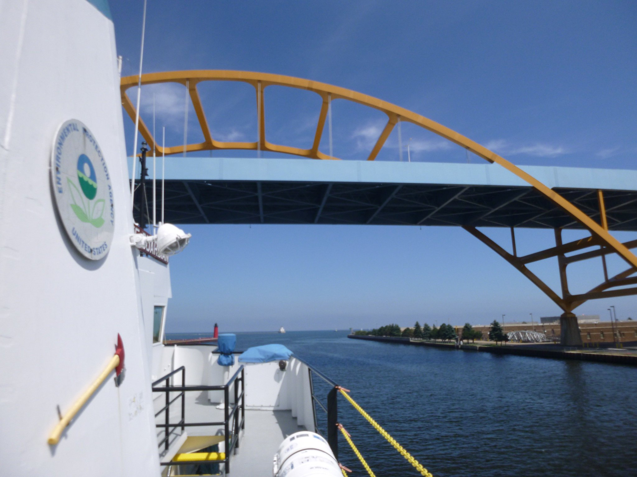 Goodbye #Milwaukee! The annual summer tour de grand lacs commences with #LakeMichigan. #SummerSurvey2016 #Gr8Lakes https://t.co/TnvdHytc2x