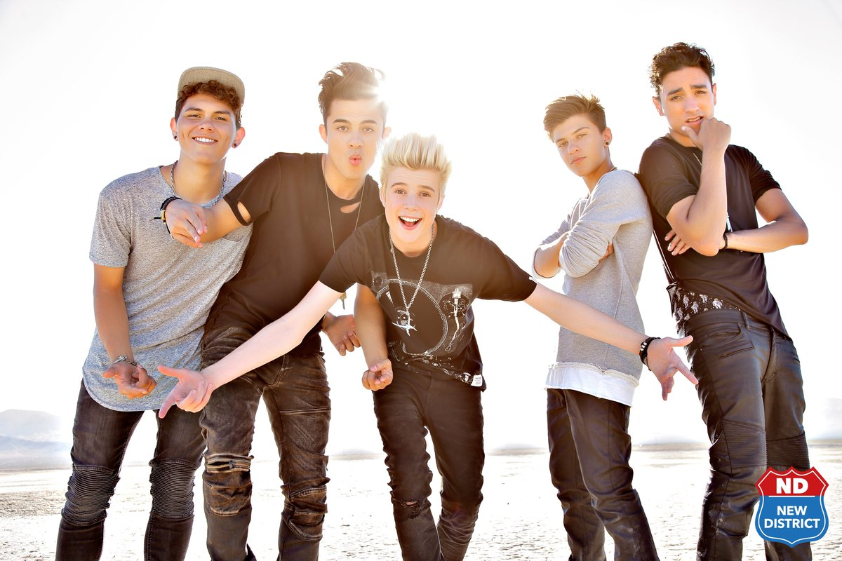 .@NewDistrict #AintGotMoney for #Yah or #No. Vote now! Tweet or text @JSladeShow at 31011 with ur opinions. https://t.co/EqUyJoq4T3
