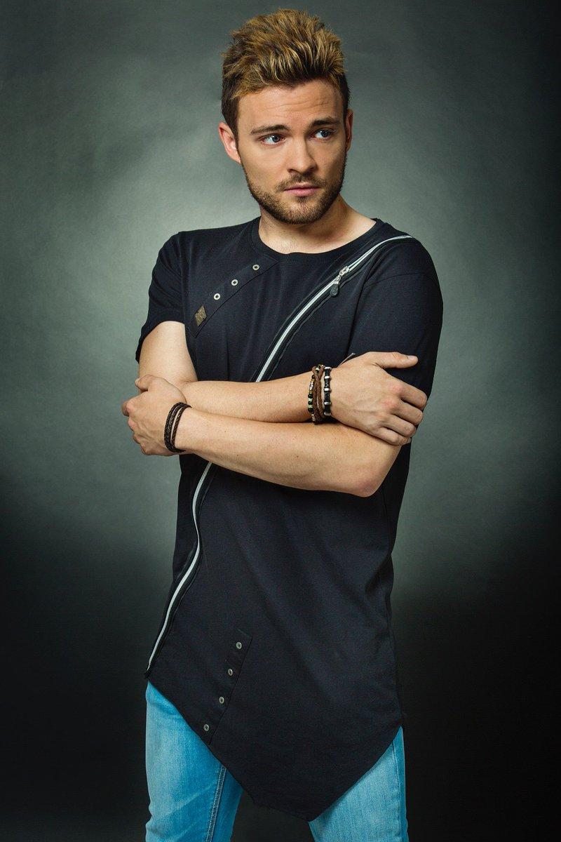 Hoy recordamos a @Ajezierski con nuestra camiseta #CipoandBaxx =) pic.twitter.com/sWmScGgifn