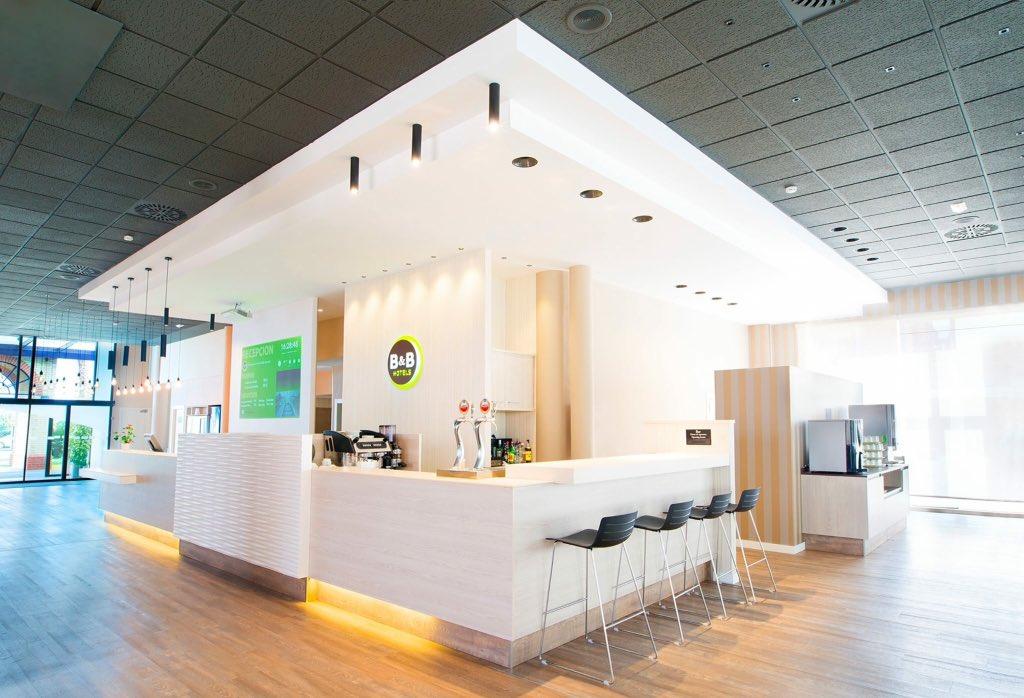 Отель в аликанте аэропорт якутск