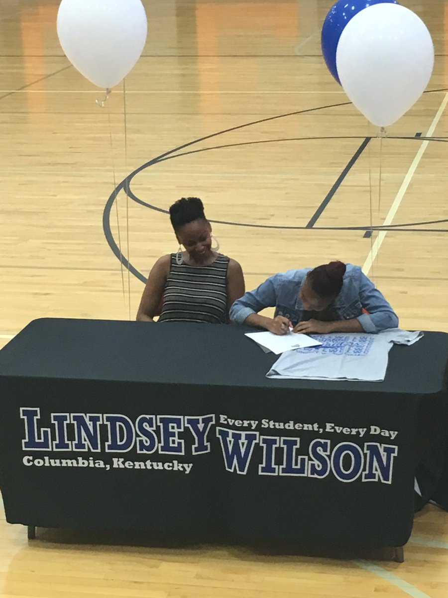 """Withrow Athletics on Twitter: """"Mercedes Smith signing her ..."""