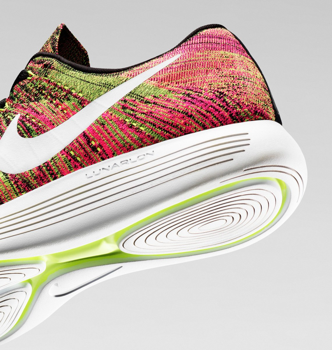 db7b92e5d9367 effortless ride limitless style the nike lunarepic low flyknit in the  unlimited colourway lands 04 08
