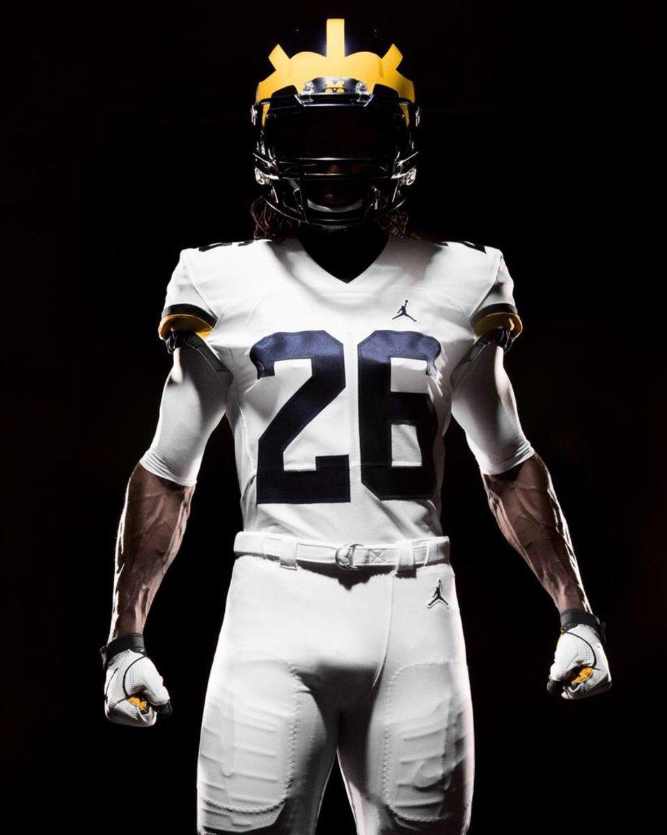c041918bd7ce Michigan Unveils Jordan Brand Football Uniforms – Binge Sports