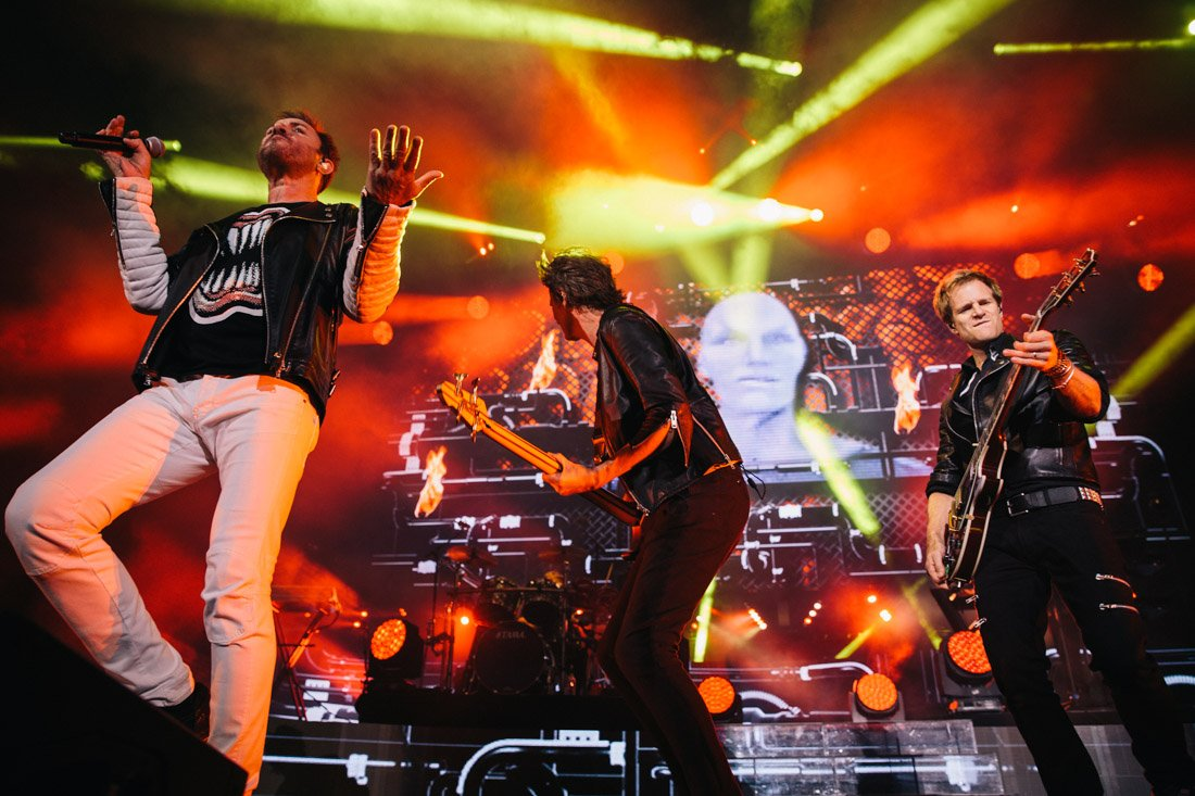 LIVE PHOTOS: @duranduran #chic @nilerodgers @TOKiMONSTA at @IrvineMeadows by @MaximilianHo https://t.co/FuQnj4oYWw https://t.co/P93KjbSTY3