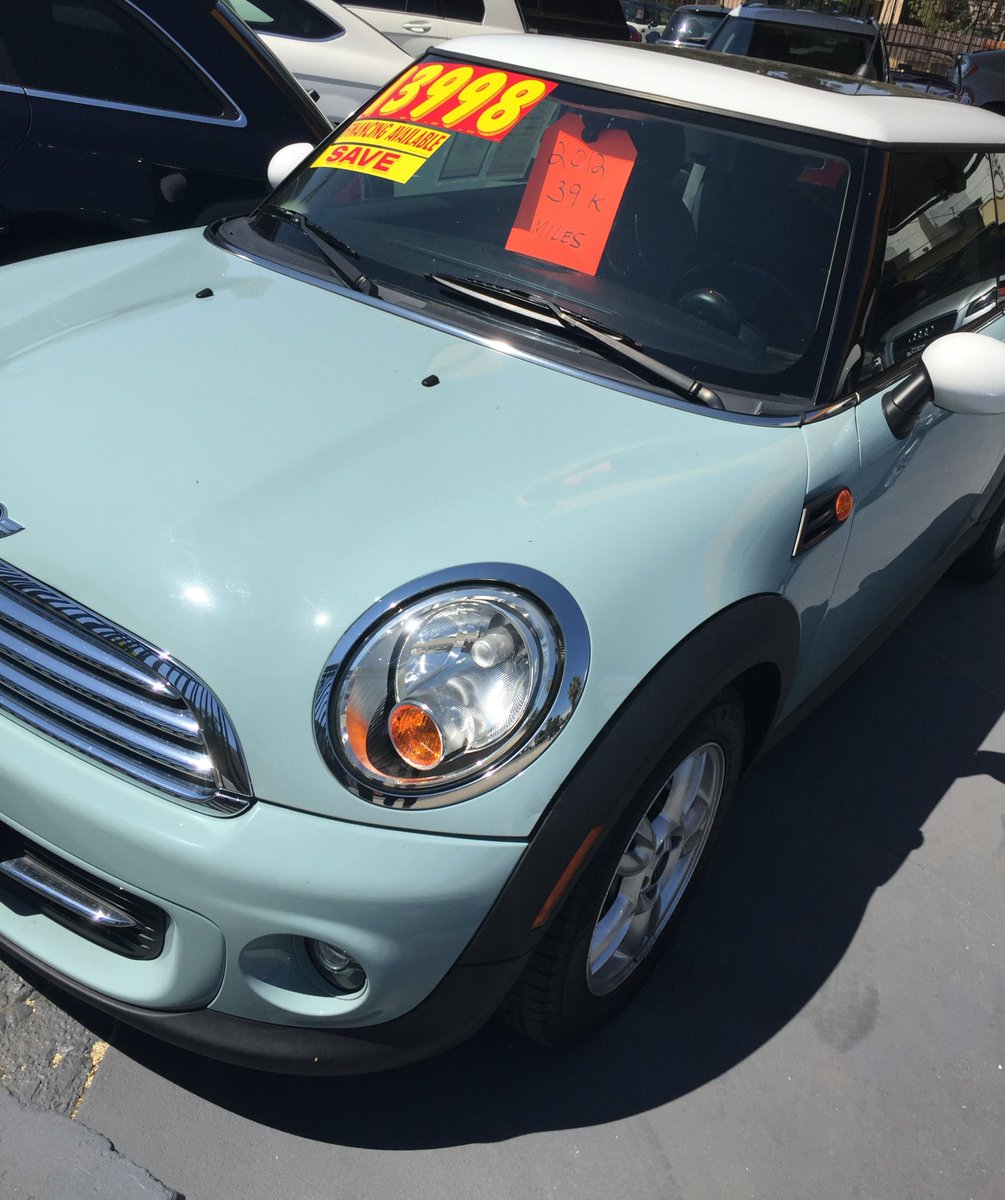 Rena On Twitter Keep Seeing Light Blue Mini Coopers Everywhere I Go Dunno Why But Saw This One For And Idk Think It S Cute