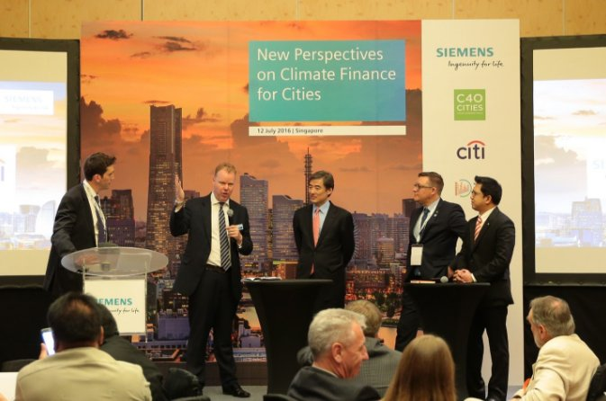 New report to help #cities find money for #infrastructure projects https://t.co/tPFmqzqA7H #climatefinance https://t.co/p0dyOIjslG