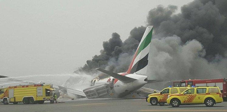 Landing gear failure & no casualties. Great job on @emirates on evacuating all pax & crew #EK521. https://t.co/ZoXsZbabSi