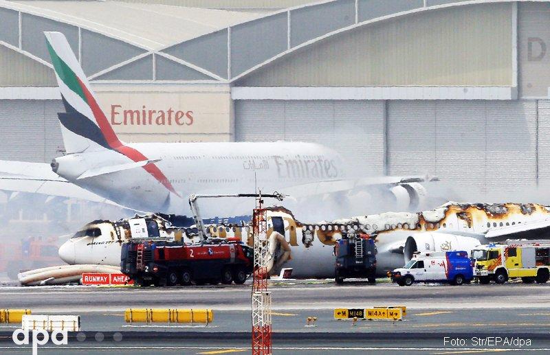 Bruchlandung in #Dubai: Triebwerk fing Feuer - wohl keine Verletzten https://t.co/DoIJZFCkiB via @fr (dmo)