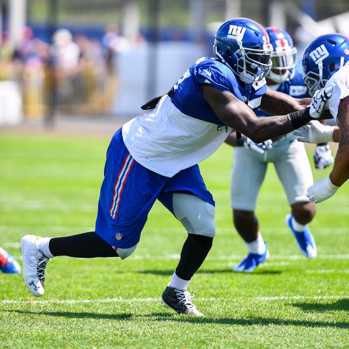 Jason Pierre Paul College: Jason Pierre-Paul (@UDWJPP)