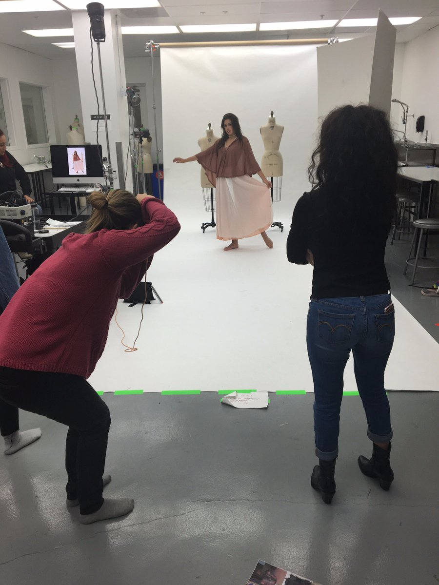 Model @Kendall_Wrightt posing for styling shoot with #AcademyUFashion while stylist Katherine Velazquez looks on. https://t.co/PsIVCPmOtu