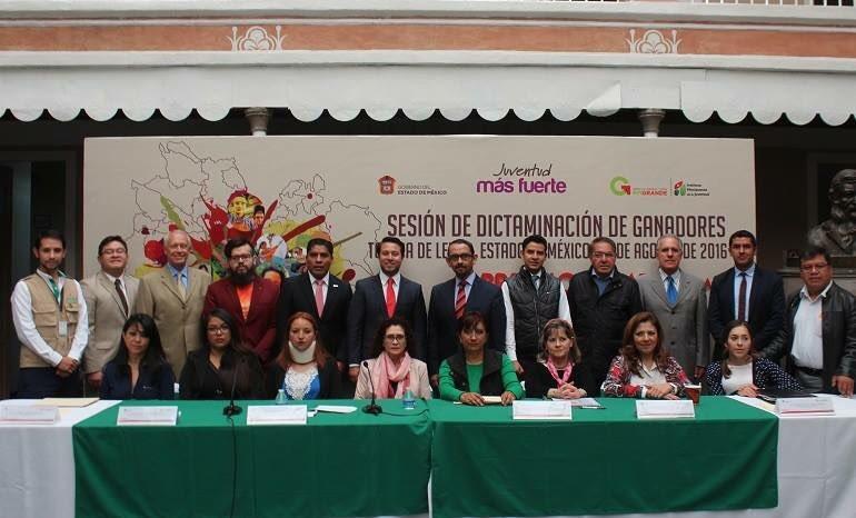 #PremioEstataldelaJuventud2015 retribuyendo el talento de la juventud mexiquense por su dedicación y esfuerzo.