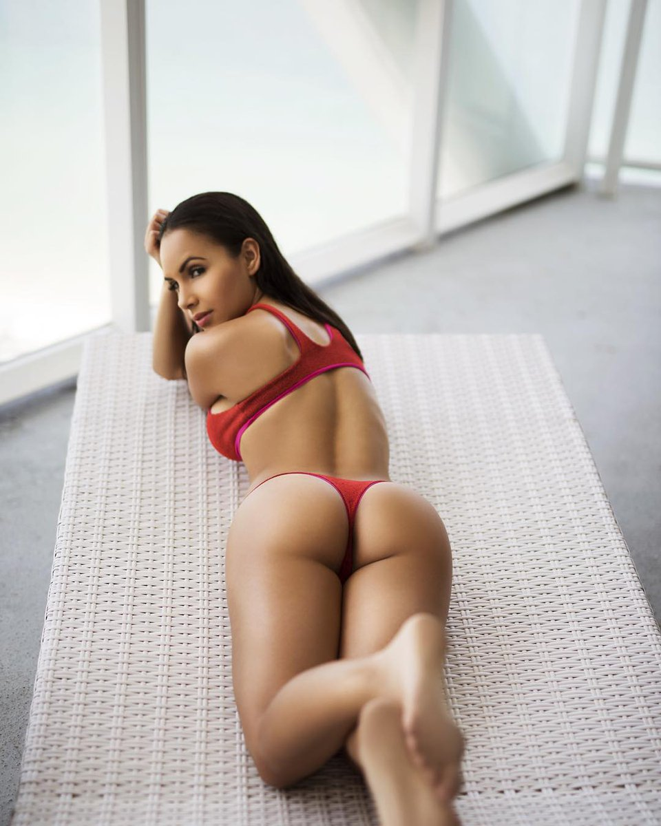 Lisa Morales Boobs