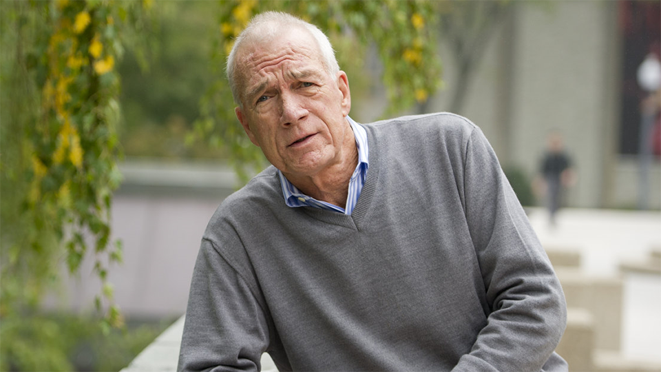 Boston Globe editor @WalterVRobinson of Spotlight is coming to teach at Cronkite. https://t.co/swdjUoxaHD https://t.co/FrYp3ItXU3