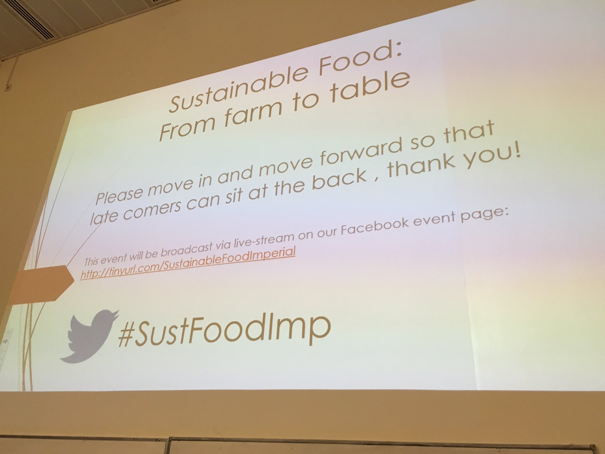 Our exec director @dan_crossley speaking shortly on sustainable food and food ethics #SustFoodImp https://t.co/9vkmAeJn5I