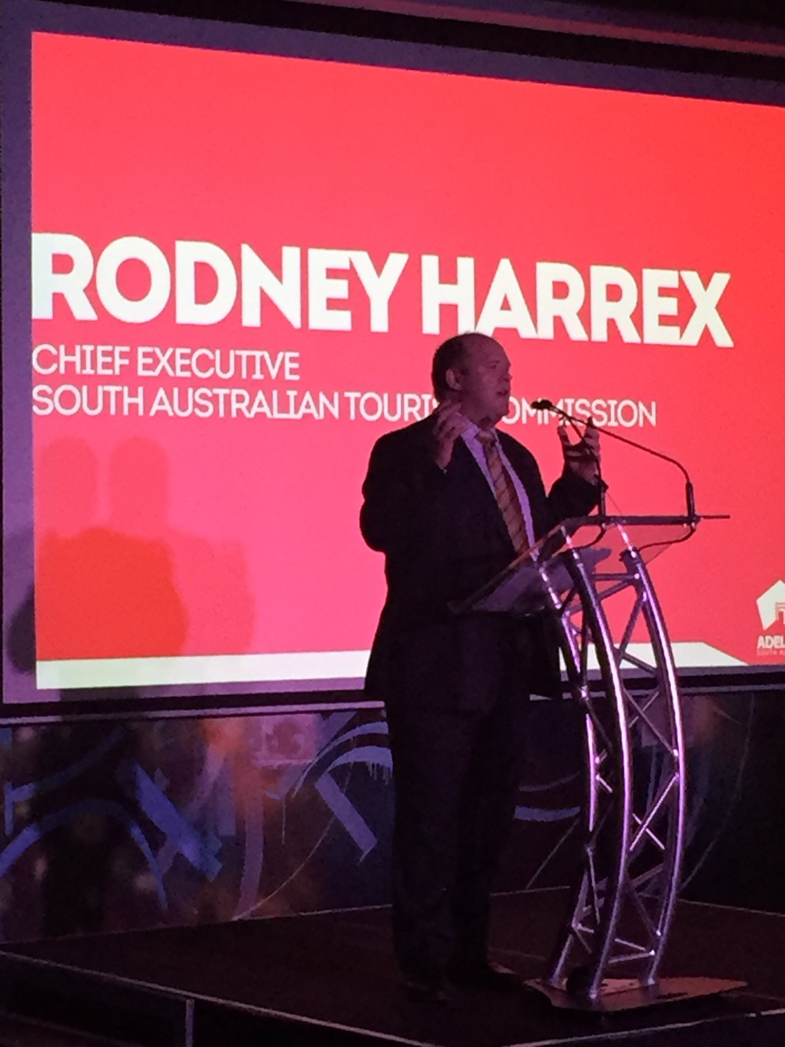 Great to have been at @tourismsa launch with @rodharrex. Congrats on the new campaign! #seeaustralia @TourismAus https://t.co/9b9sDDwemh