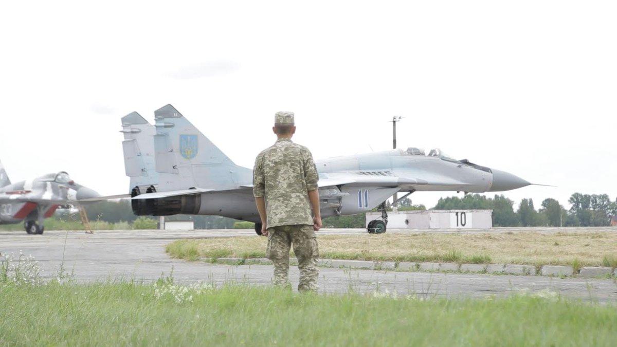 """""""Боевики говорят, что у них уже есть самолеты. Хочется рассмотреть их эскадрилью ближе. В прицеле"""", - пилоты 40-й бригады тактической авиации - Цензор.НЕТ 8884"""