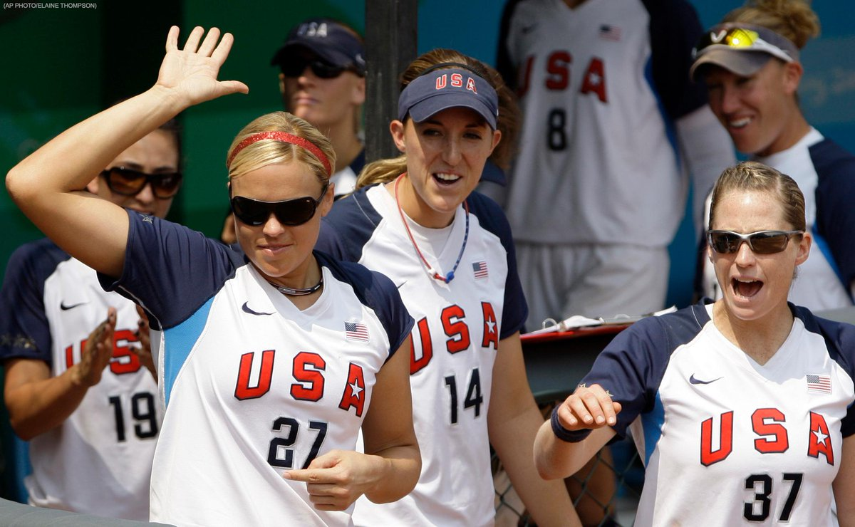 Softball is BACK in the Olympics! International Olympic Committee adds softball for 2020: https://t.co/VEdPzg6cMR https://t.co/NfadqYXqXd