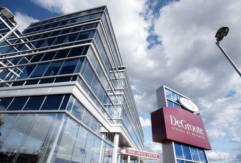 """""""Under the national spotlight: DeGroote #MBA ranked among Canada's top 10"""" https://t.co/1mXBaQXPb7 https://t.co/rmFFczQgxK"""