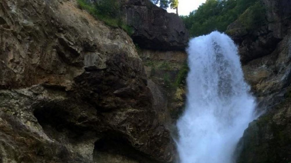 Mom searches for lost camera that holds last hours with son on trip near Mount St. Helens