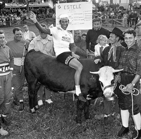 Barry Hoban, first Brit to win a Tour mountain stage. And first Brit to win a cow. Probably. https://t.co/almzrm5s11 https://t.co/Bs9s3aS48j