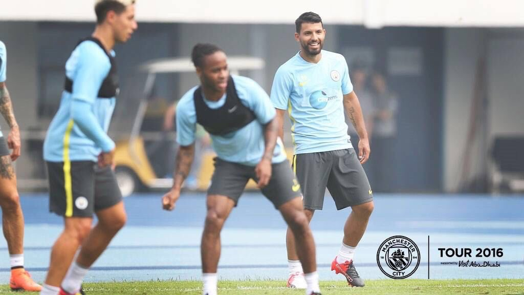 Already in China! Happy to be among my team-mates again, and with high hopes for this new beginning! #cityontour https://t.co/CUZ19DcKcF