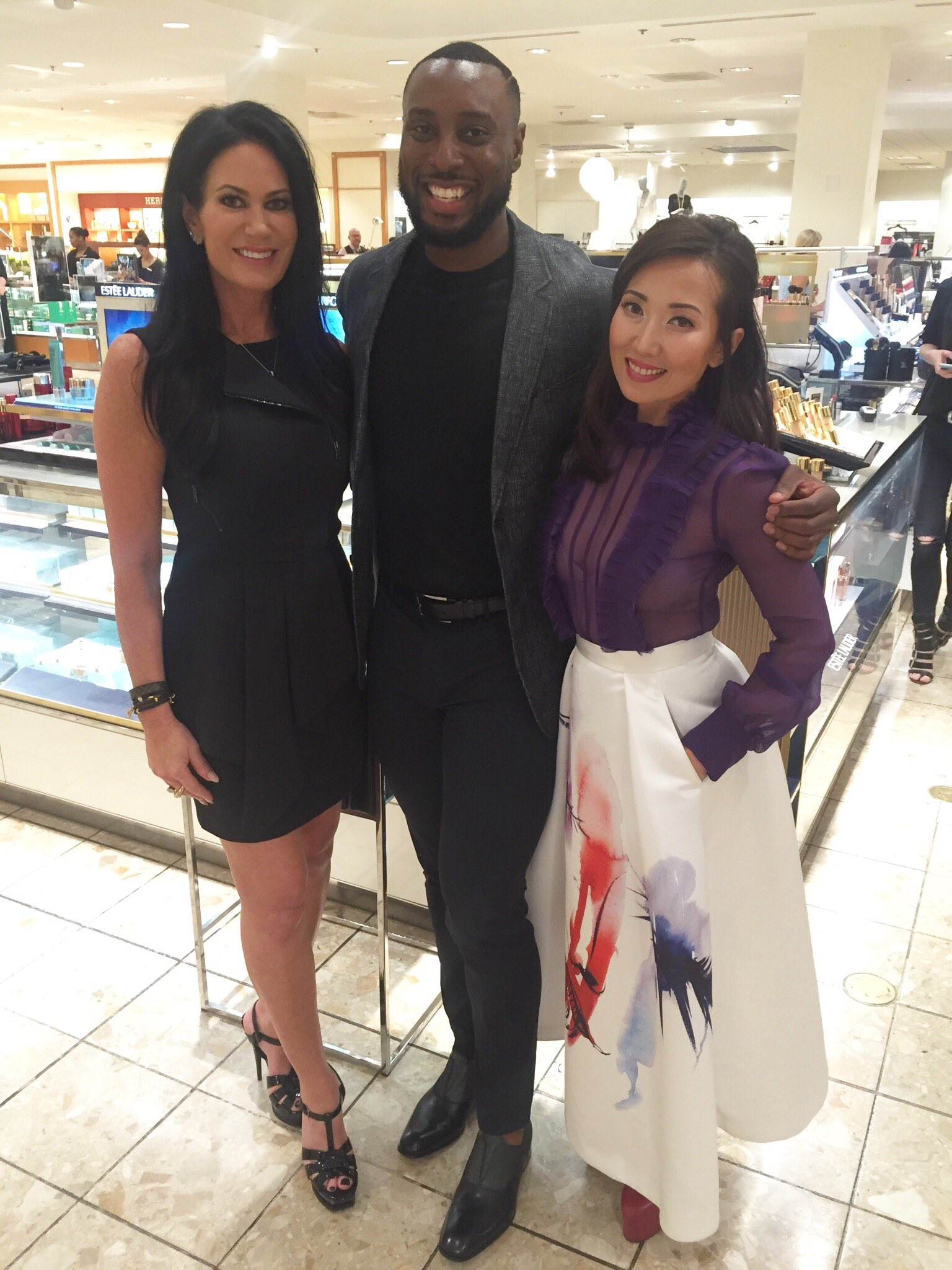 Leslie Prow, Sales & Education Executive for @EsteeLauder, with Gregory Lawrence and Tina Craig. #NMbeauty #NMevents https://t.co/skCo6zsEeC