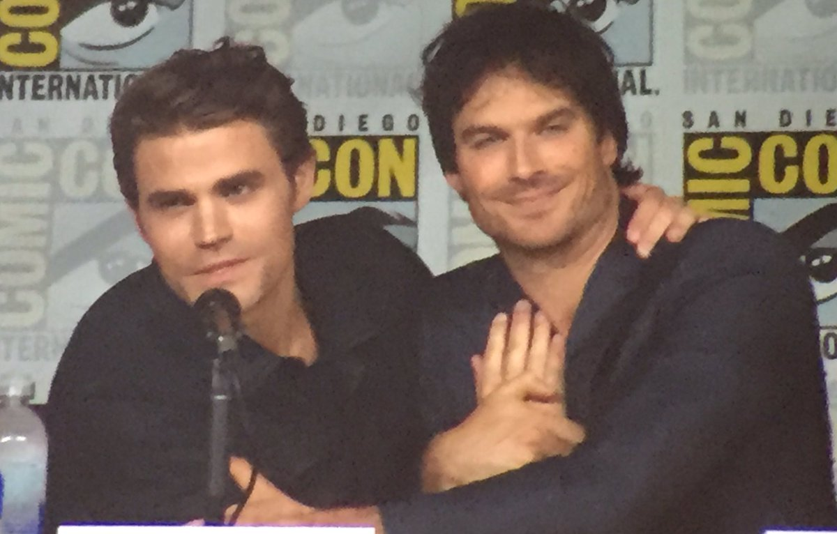 Paul Wesley & Ian Somerhalder sharing a sweet moment together at the #TVD #SDCC panel. https://t.co/P4khXpEv7B