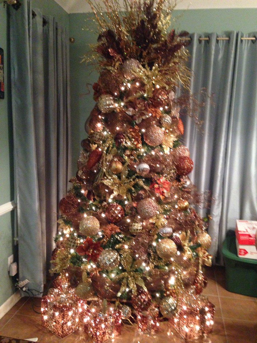Steve Harvey Christmas Tree.Steve Harvey On Twitter Prayed A Lot A Whole Lot And