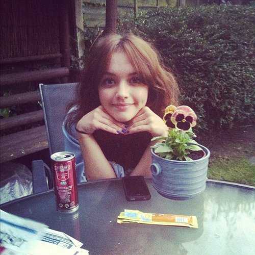 "Olivia Cooke on Twitter: ""old pic ..i wish Olivia could ..."