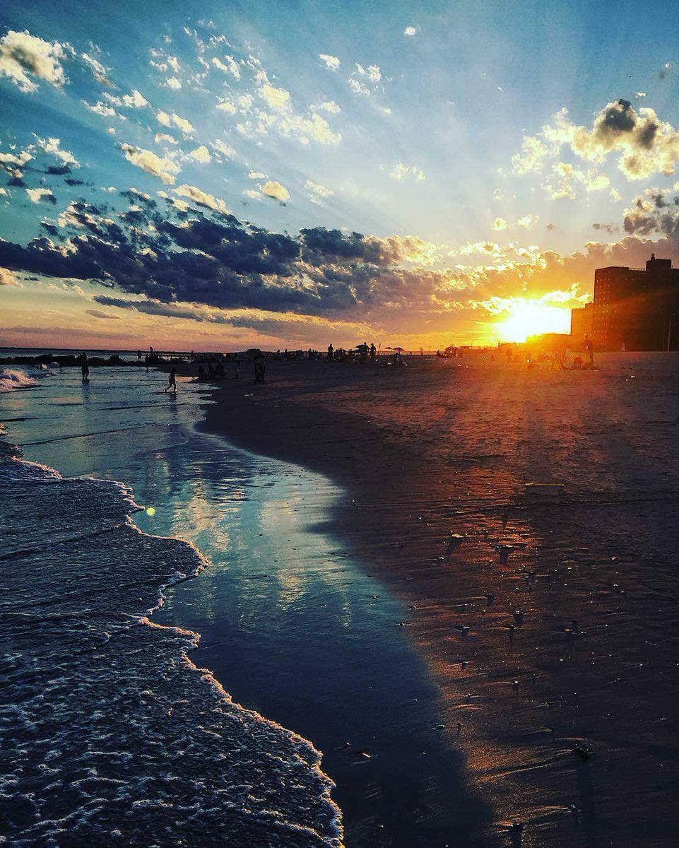Nothing like a summer sunset.  (: msrunrun/Instagram) abc7ny