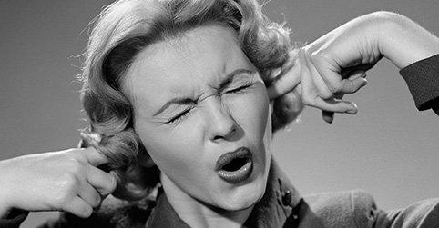 ¿Qué hacer cuando internet te odia? ¿Sabes reaccionar a las críticas en las redes? https://t.co/kR3ekLEo0I #psico https://t.co/1YhIirjh7D