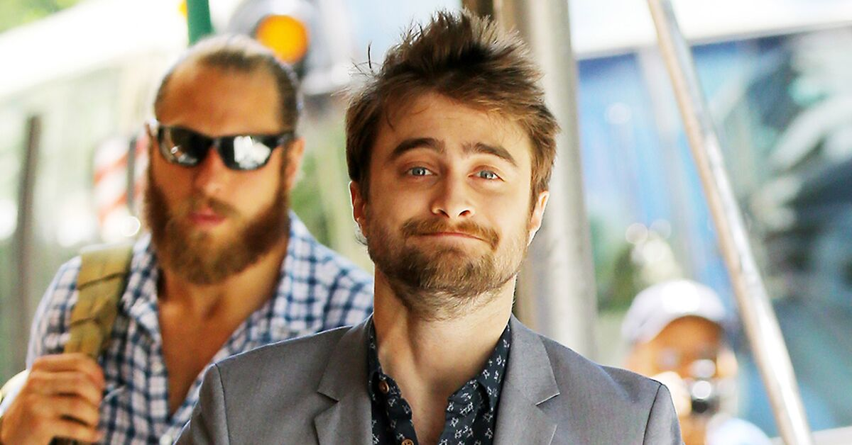Here are all the best Daniel Radcliffe GIFs in honor of his 27th birthday https://t.co/ZleSx10QYN https://t.co/kjHz2f9J1w