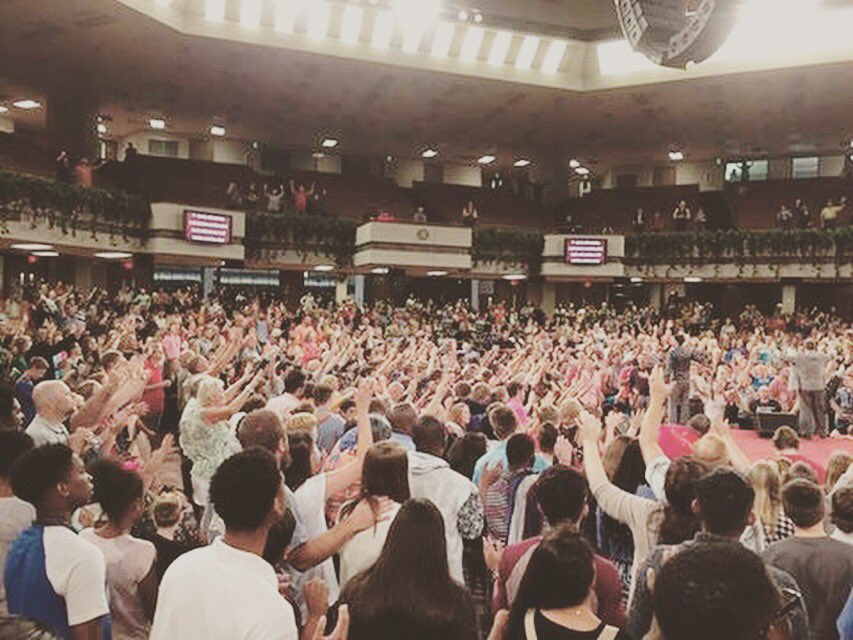 The Holy Spirit changed lives tonight! #CFIYC https://t.co/mEy6NTffns