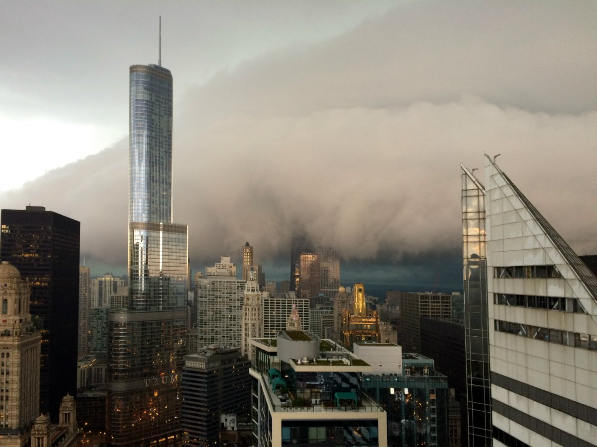 Chicago is gorgeous, even with storms rolling through. Thanks to Jose for sharing this view!