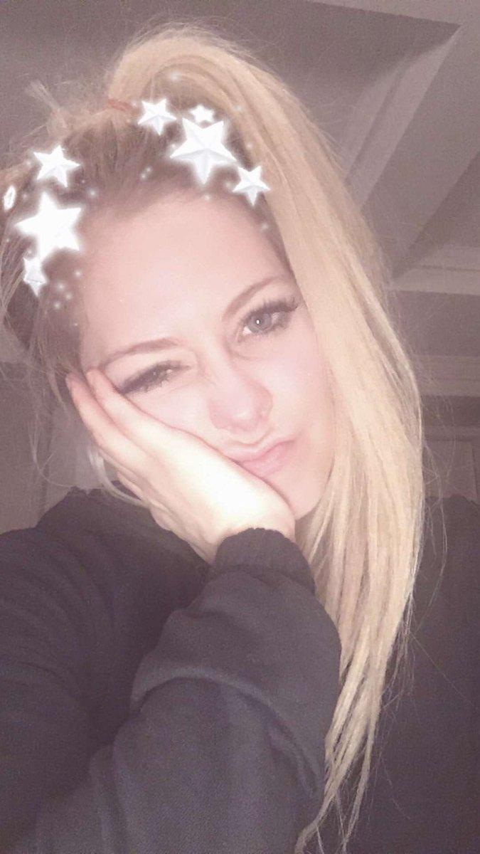 butt Snapchat Avril naked photo 2017