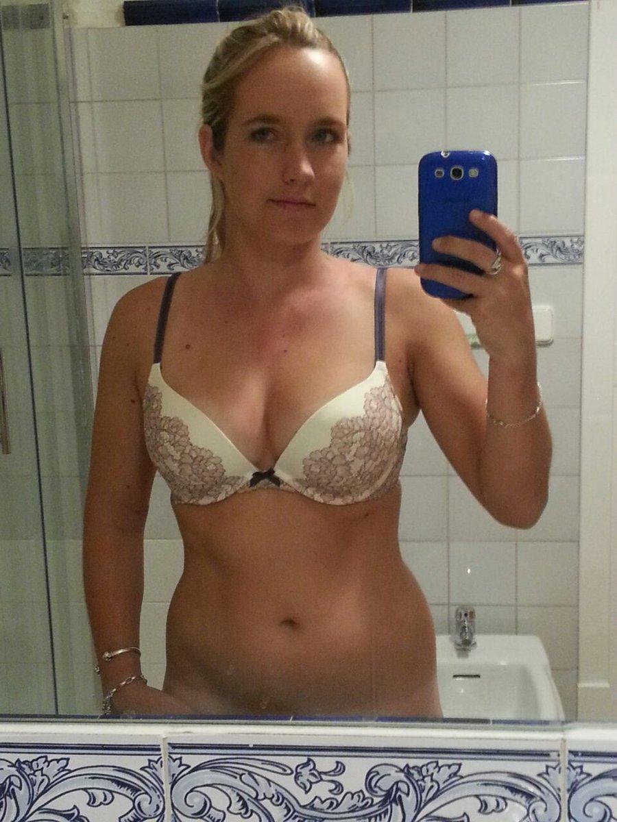 Nude Selfie 7327