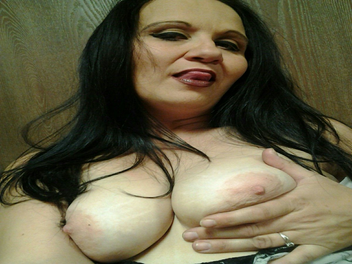 Nude Selfie 7379