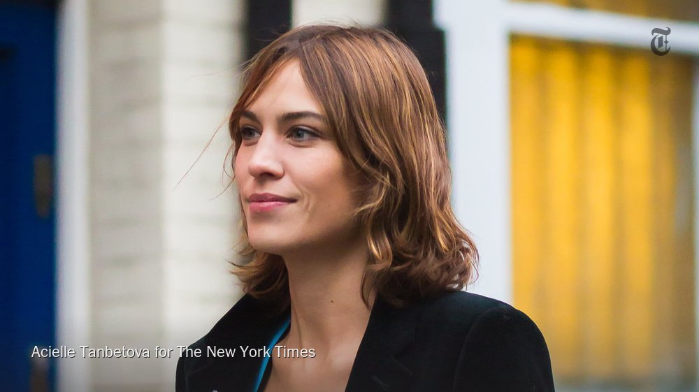 .@alexa_chung is following in the steps of @victoriabeckham and pursuing fashion design https://t.co/IsqNjCsbpf https://t.co/gDtsMkXMS0