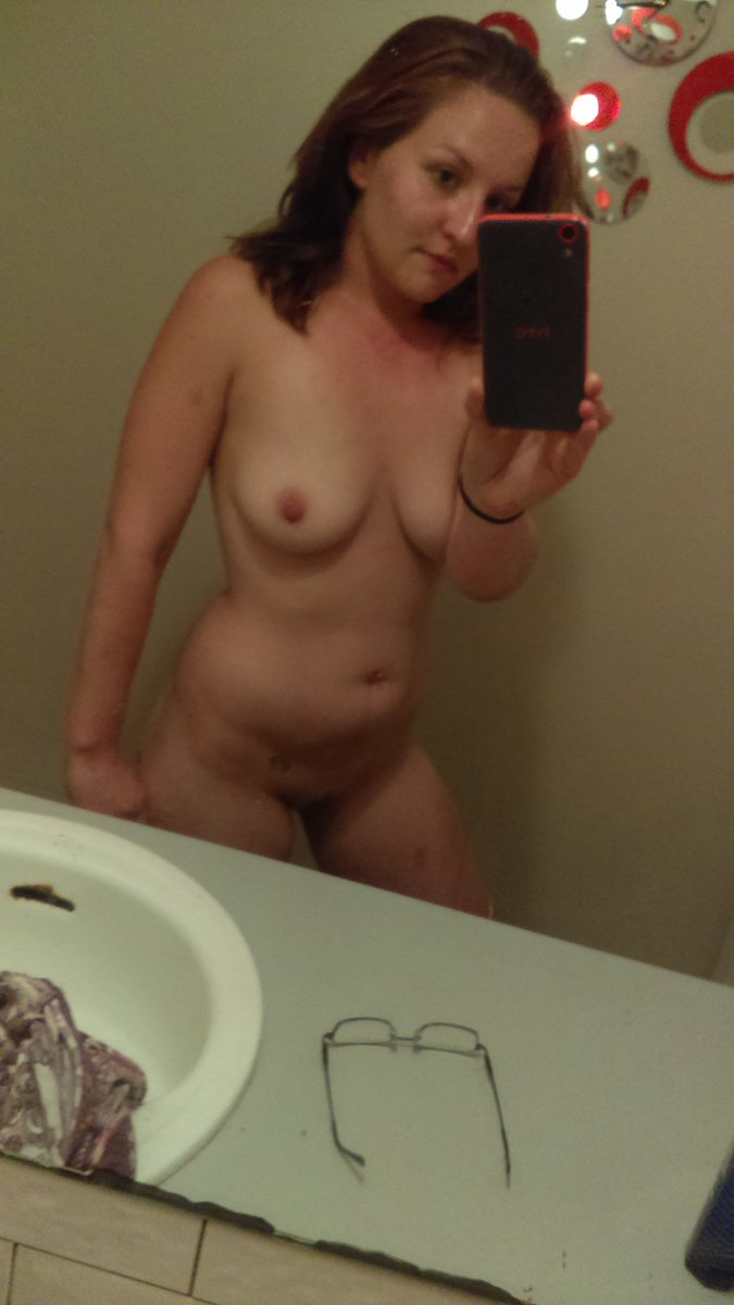Nude Selfie 7385