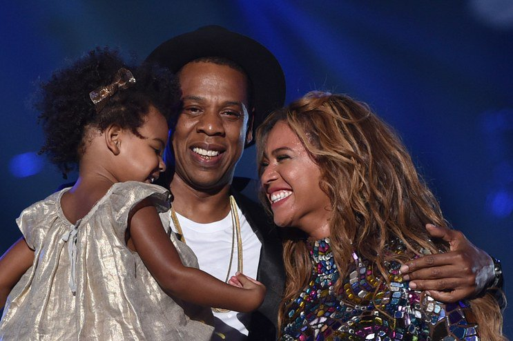 It's official—Blue Ivy's latest outfit solidifies her style icon status: https://t.co/U1DEgc2IMX https://t.co/3xQPLvO5vD