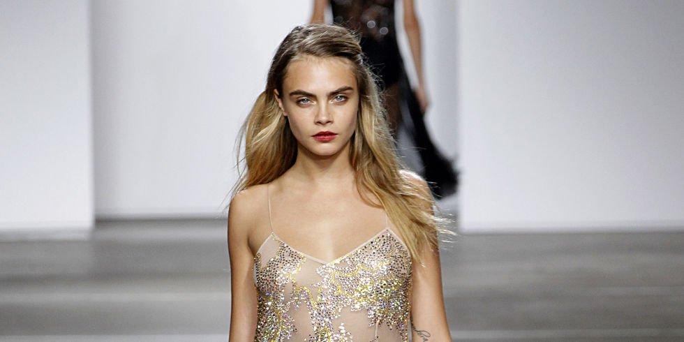 Cara Delevingne Says the Modeling Industry Gave Her Major Body Image Issues https://t.co/sL2YyNPhFJ https://t.co/AZaA5jsrWv