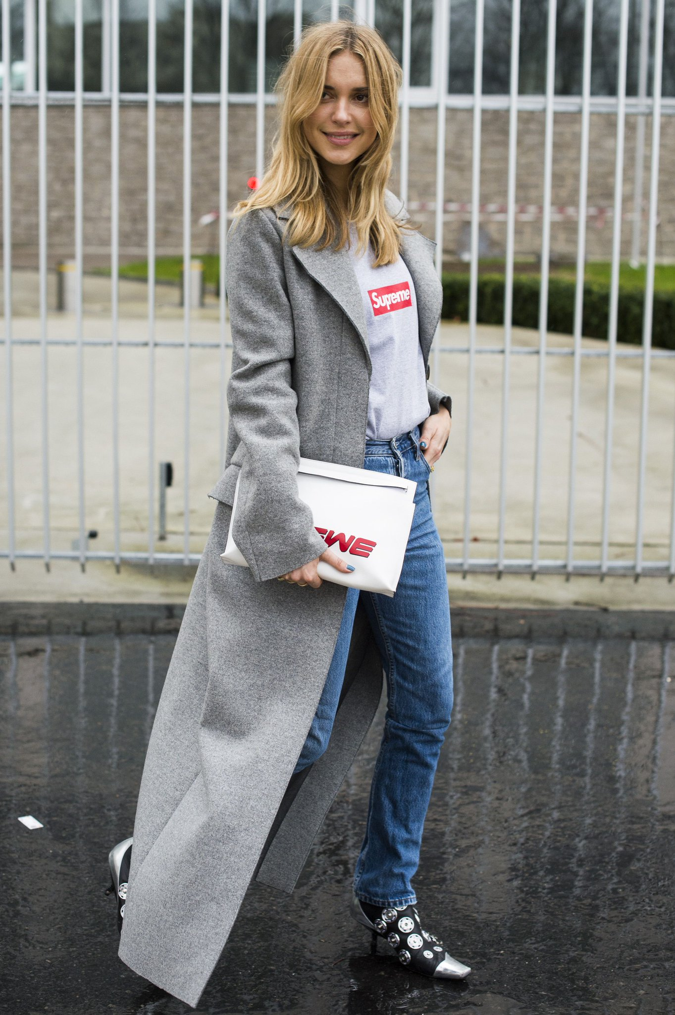 Need a helping hand to nail street style? We've got all the style inspiration you need: https://t.co/hPLJRrv7gf https://t.co/Nsol8ymz3Z