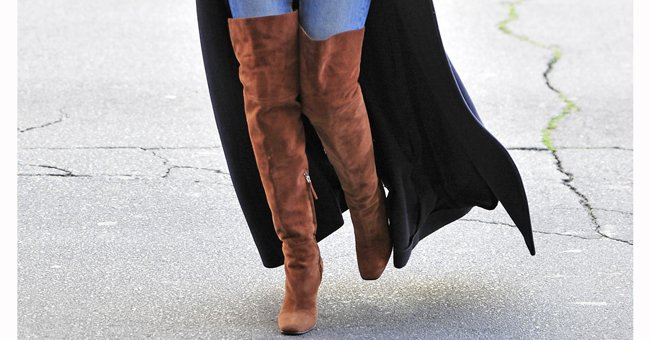 Meet the knee high boots we're obsessed with... https://t.co/DyKVzDYMRY https://t.co/U2NieEBDyB