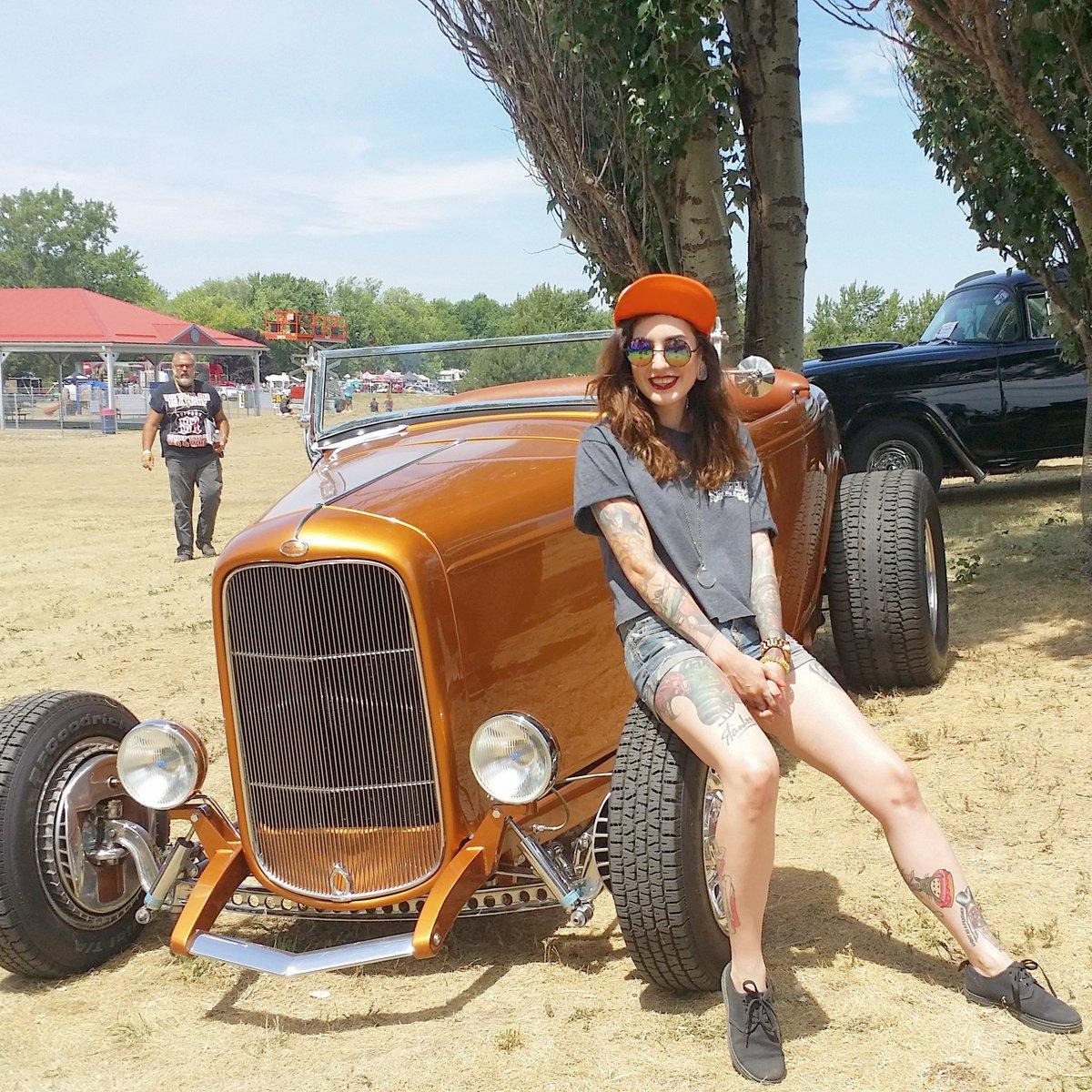 Vegas rat rods twiggy nerdy stripper autos post for Sin city motors las vegas