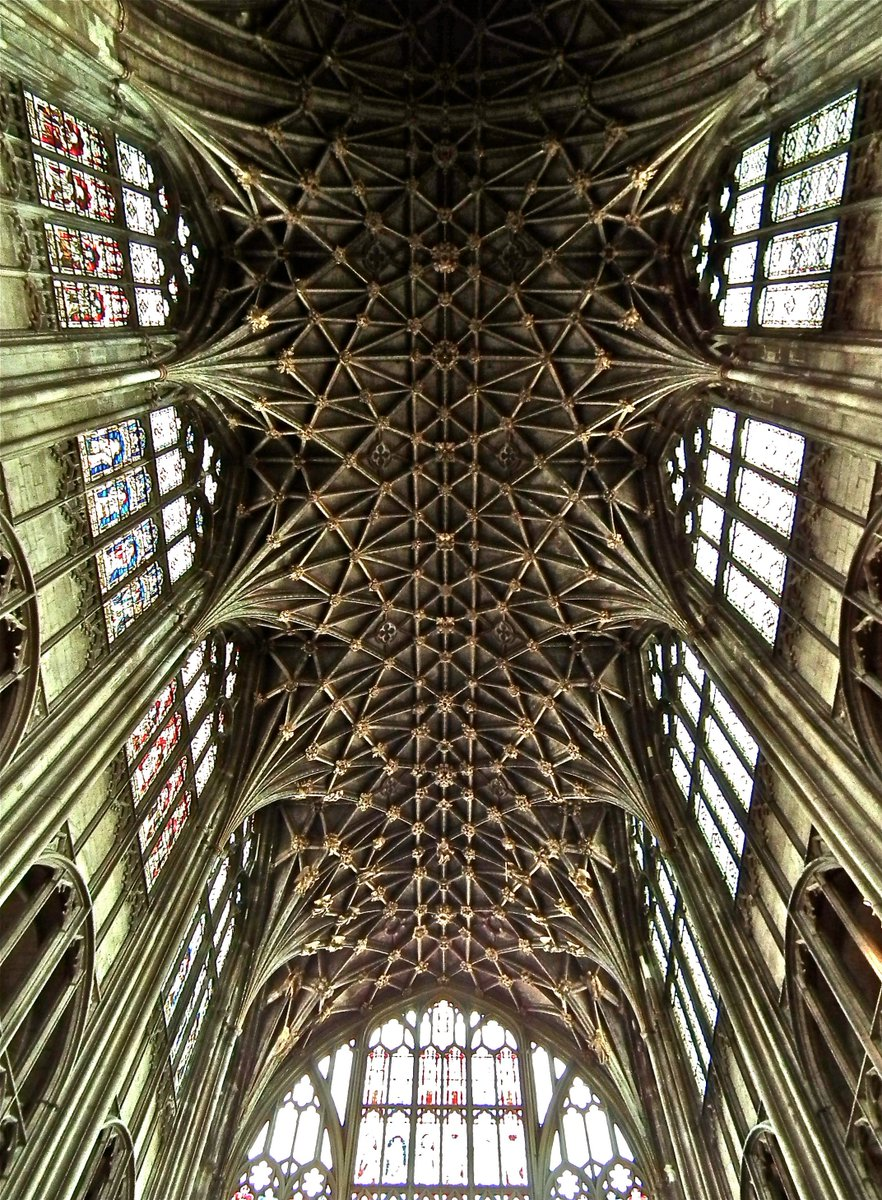 Choir vault of Gloucester Abbey/ Cathedral. Seldom bettered. https://t.co/Suj6Fsiopd