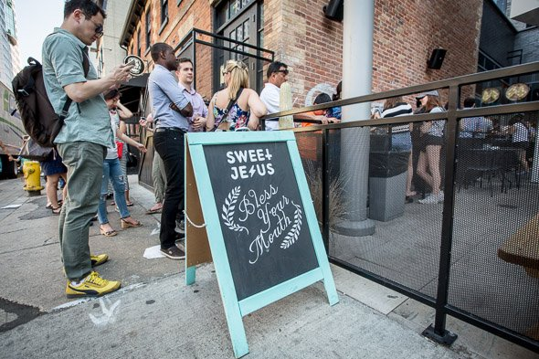 Is the lineup at @sweetjesus4life worth the wait? We find out