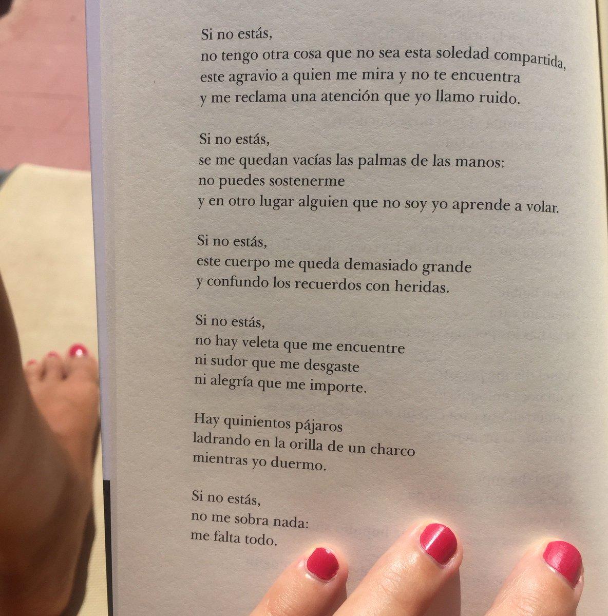 """'Si no estás, no me sobra nada: me falta todo"""" #Poesía de @elvirasastre #yanadiebaila cc @valparaisoed :) https://t.co/rRTEmROPUR"""