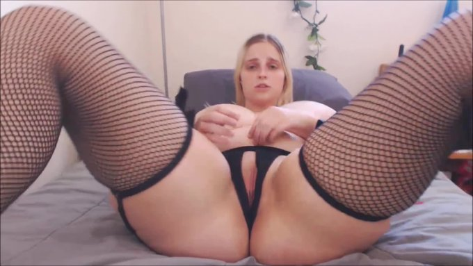 Eat Your Own Cum for Me JOI by @codi_vore https://t.co/GjFTO49Ajy @manyvids https://t.co/yQ9XiFdeD4