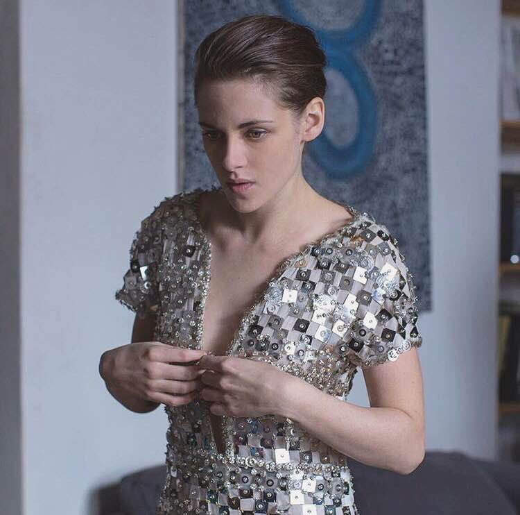 """#MIFF2016 is now on! Check out our top pick """"Personal Shopper"""" starring Kristen Stewart.  #Fashion #KristenStewart https://t.co/Zq9RKdJFxx"""